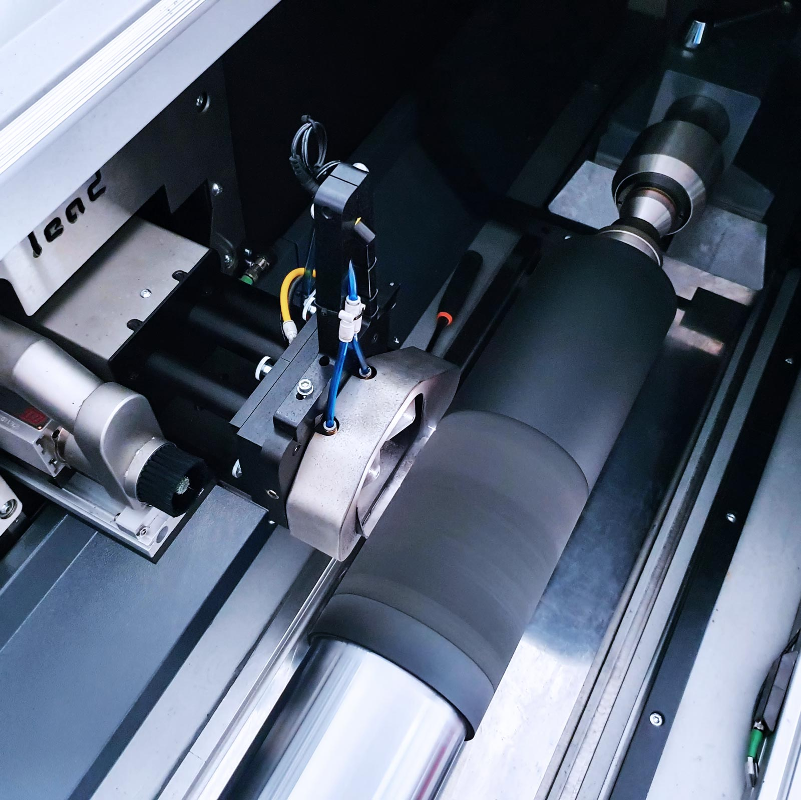 New DLE Lead Laser 3.1 Hybrid machine in the production process after testing 1
